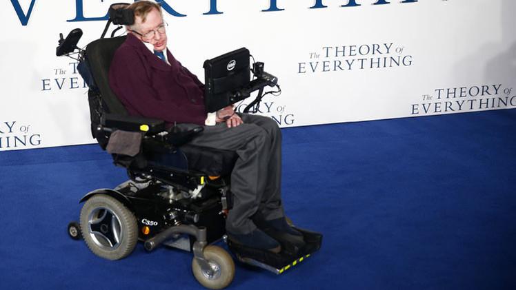 """Fin del Mundo? Stephen Hawking: """"La humanidad no sobrevivirá si no huye al espacio"""""""
