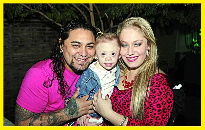 Todo el Paraguay habla de ella. Que esta pasando con la hijita de Victor Gavilan y Nicole, Vicky?