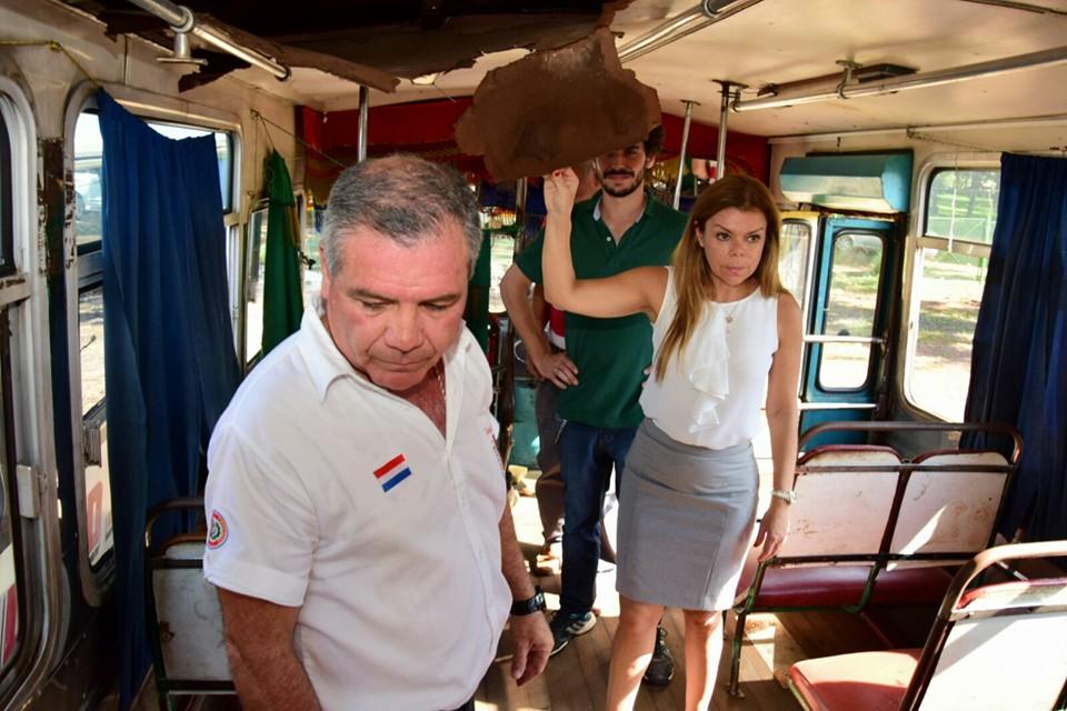 La intendenta de CDE Sandra Zacarías dialogará con transportistas en huelga.