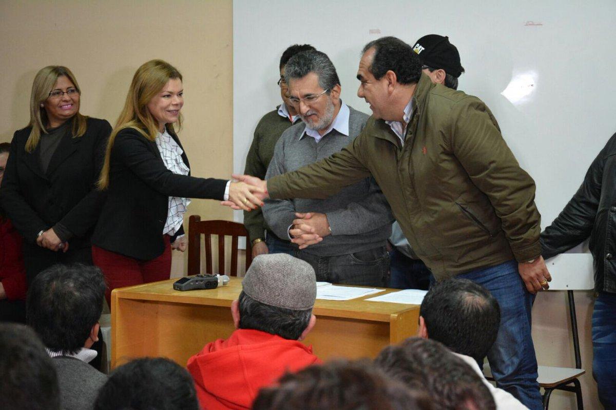 Organizaciones sociales y trabajadores de CDE apoyan gestión de Sandra Zacarías.