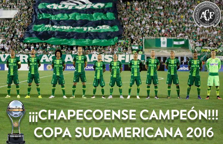 El club brasileño Chapecoense es campeón de la Sudamericana 2016.