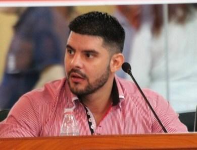 Nenecho Rodríguez preocupado por la situación de los damnificados