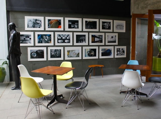 ergonomic chair jakarta stools height wednesday wall2wall ☆ dia.lo.gue & herman miller - chuzai living