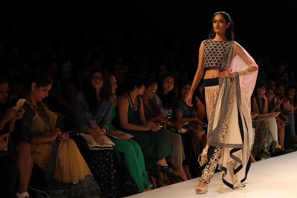 Nikhil Thampi Payal Singhal Lakme Fashion Week-28