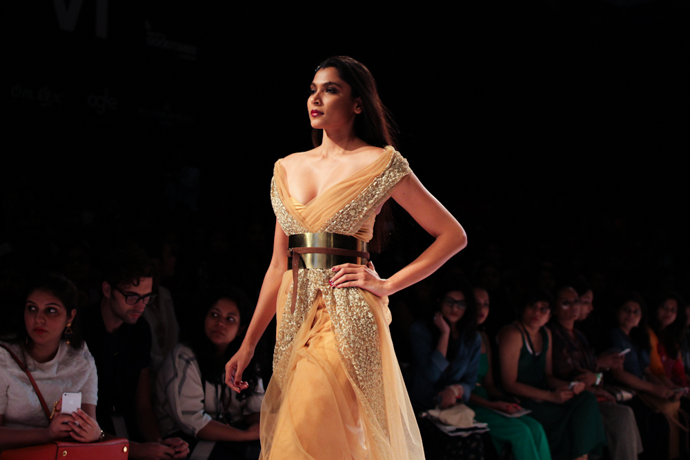 Nikhil Thampi Payal Singhal Lakme Fashion Week-8
