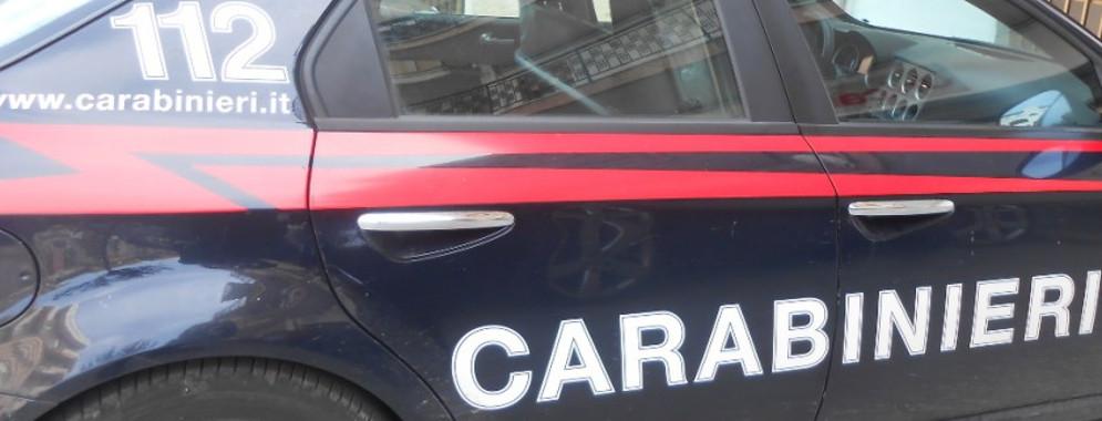 Arresti dei carabinieri a Caulonia. Rinvenute armi e droga