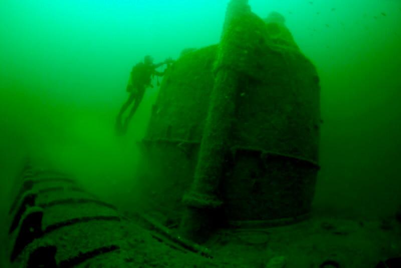 14248 U-171-6-Août-2011-002-a