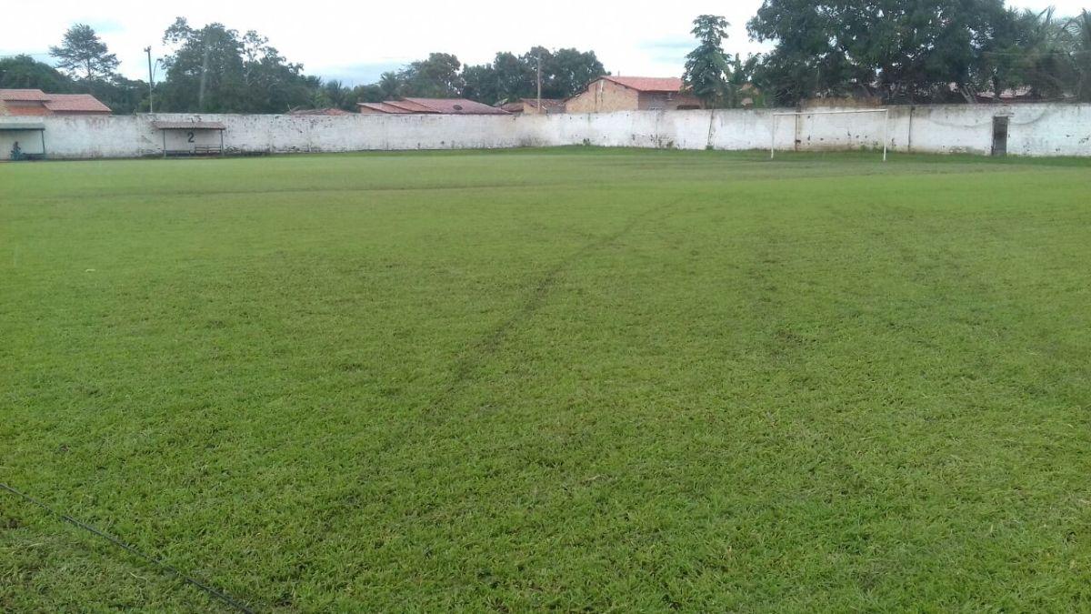 SEMEJ Nova Olinda inicia serviços de recuperação gramado do estádio Mangueirão