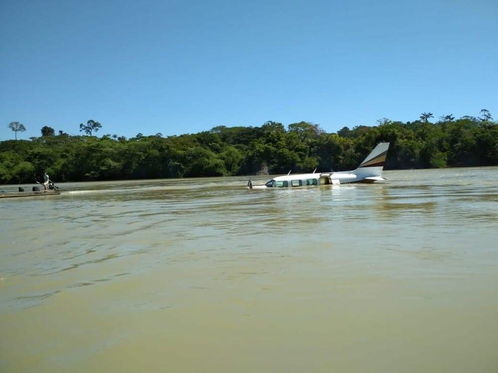 Polícia faz buscas por passageiros que teriam sido assassinados durante voo no Pará