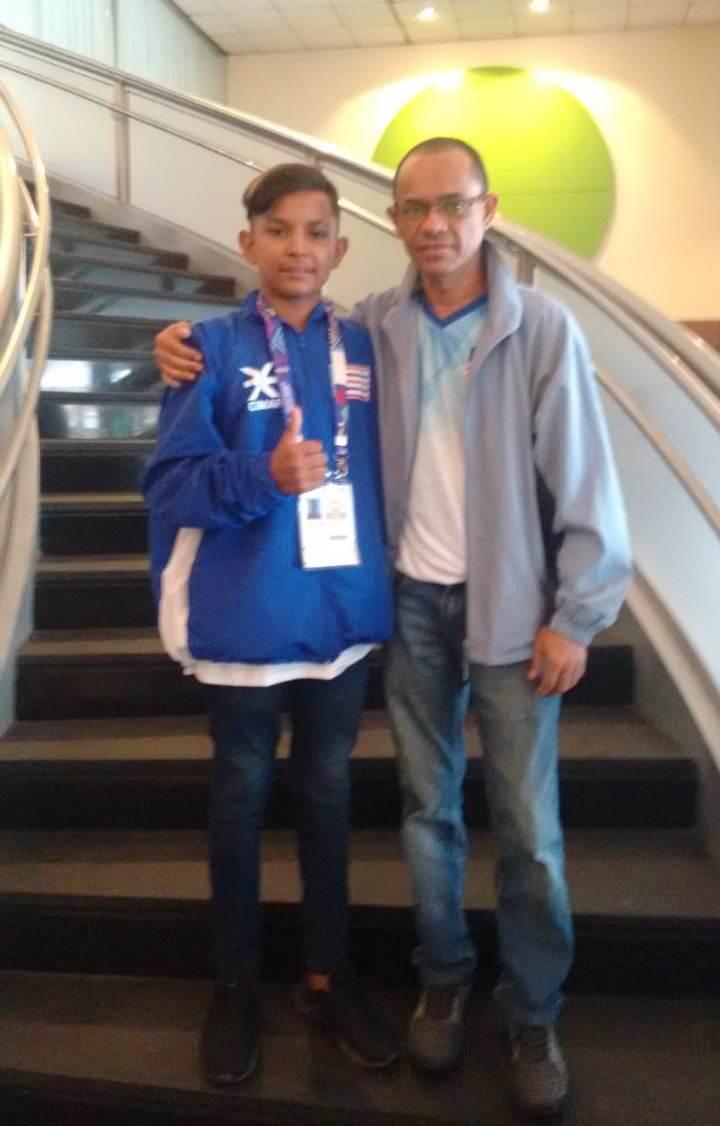 Atleta do Tênis de Mesa de Nova Olinda do MA nos Jogos Escolares Paralímpicos