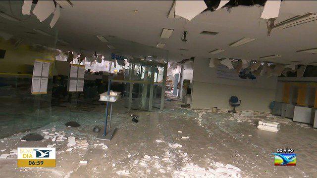 Bando explode agência do Banco do Brasil em Santa Luzia MA