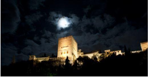 Especial Granada Misteriosa en la Noche de Difuntos