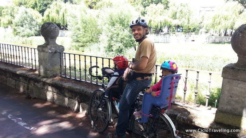 Cicloturismo con nios I  Cmo llevarlos