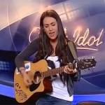 Jovem grega surpreende ao cantar em português e vai a final do Ídolos