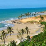 Conheça a Praia de Flecheiras, no Ceará