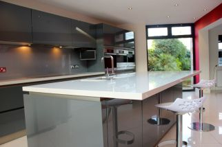Contemporary German Kitchen Island in Fulham