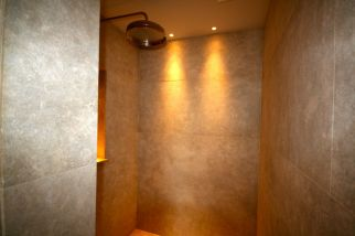 Magnificent walk-in shower room in Knighstbridge