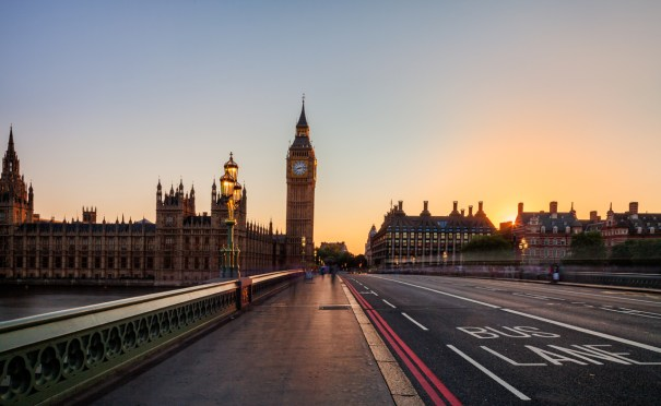 The Westminster Bridge crosses the Thames and leads up to Big Ben, one of London's most famous landmarks.