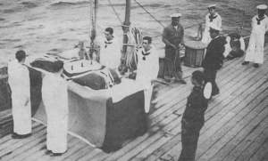 Funeral a bordo del Crucero Canarias.