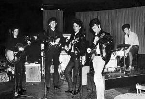 The Beatles con Stuart Sutcliffe, izquierda.
