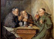 Mojes beben cerveza en los monasterios