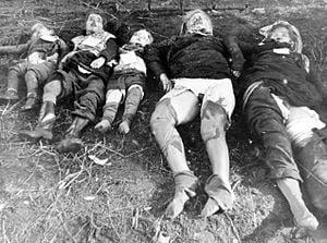 Mujeres violadas y asesinadas por los rusos en Berlín.