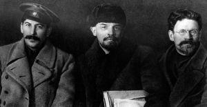 Stalin, Lenin y Trotsky