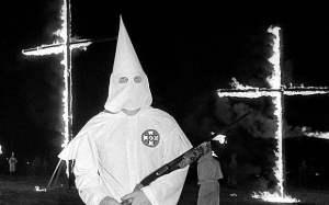 La oscura historia del Ku Klux Klan.