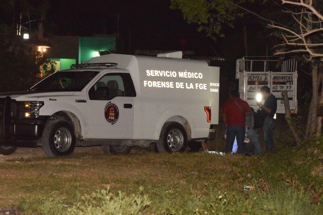Hallan cinco cadáveres dentro de un automóvil en Cancún, Quintana Roo