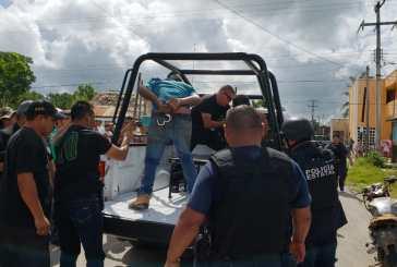 Policías carrilloportenses salvan a presuntos ladrones de linchamiento