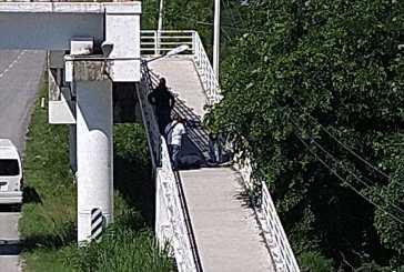 Ejecutan a dos personas en el puente de Akumal