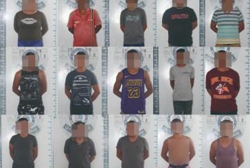 DETIENE POLICÍA A 15 PERSONAS, POR NO USAR CUBREBOCAS