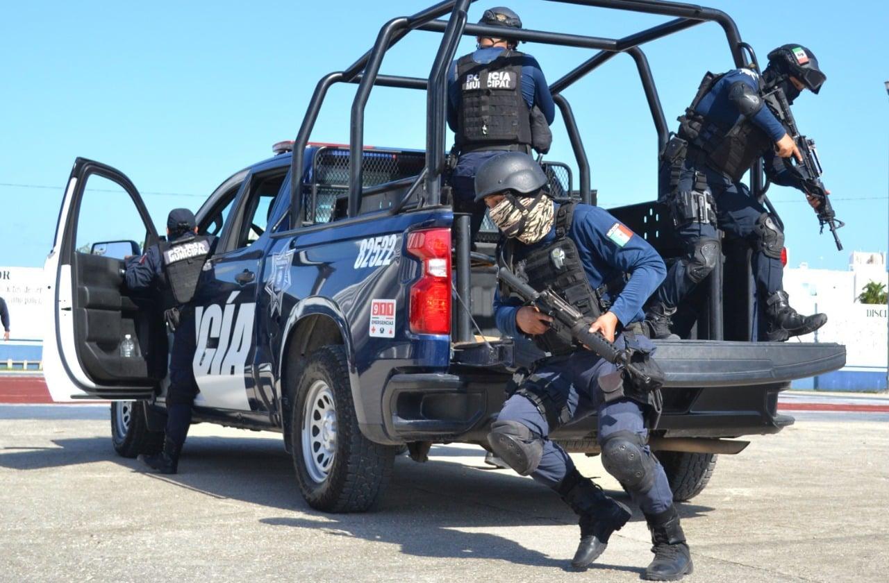 Policía detiene a banda de presuntos asaltantes