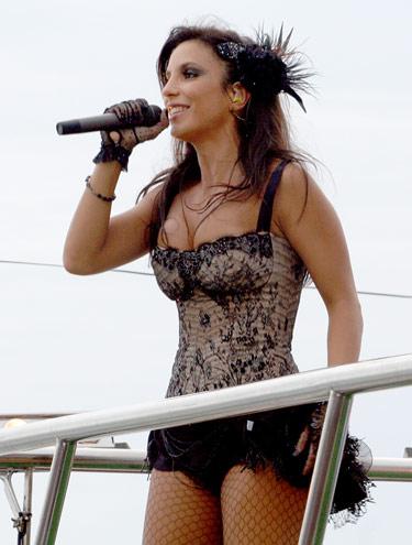 https://i0.wp.com/www.cifras.com.br/arquivos/fotos_noticias/1543692_127.jpg