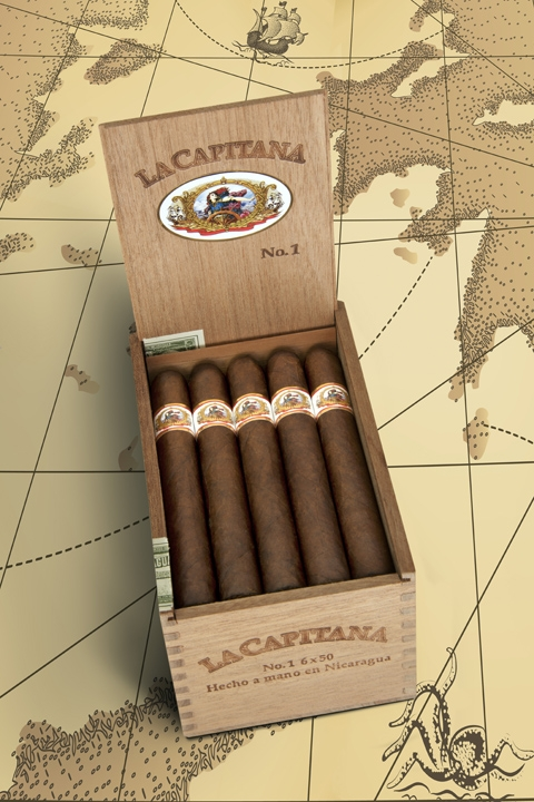 La Capitana NO 1 open box