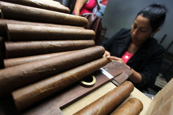 La fabrication d'un cigare