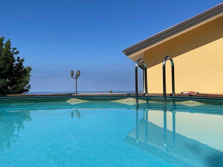Villa Karillos - Ferienhaus mit Pool und Meerblick Cilento
