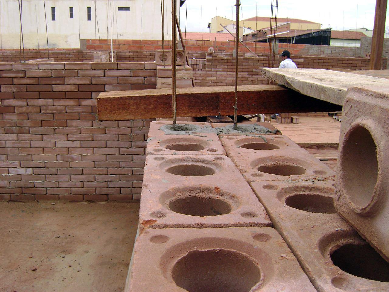 tipos de tijolos solo-cimento ou ecológico