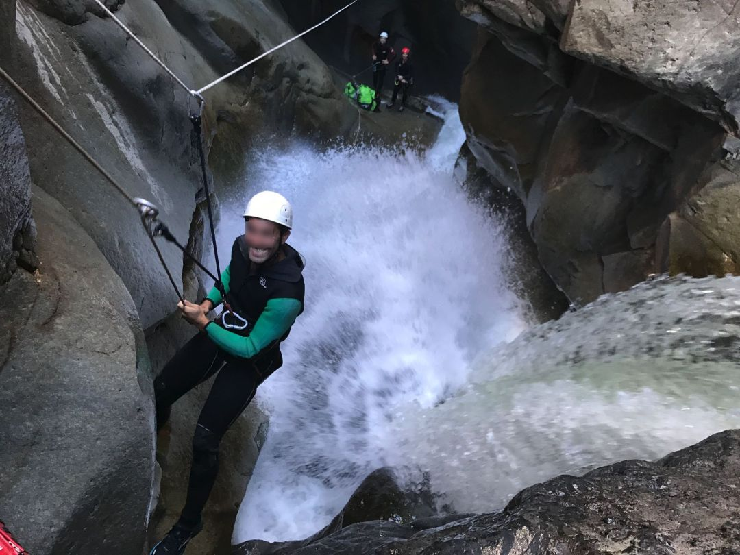 canyoning trou blanc rappel tyrolienne