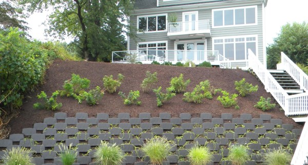 ecoscaping-smart-slope-planted-retaining-wall
