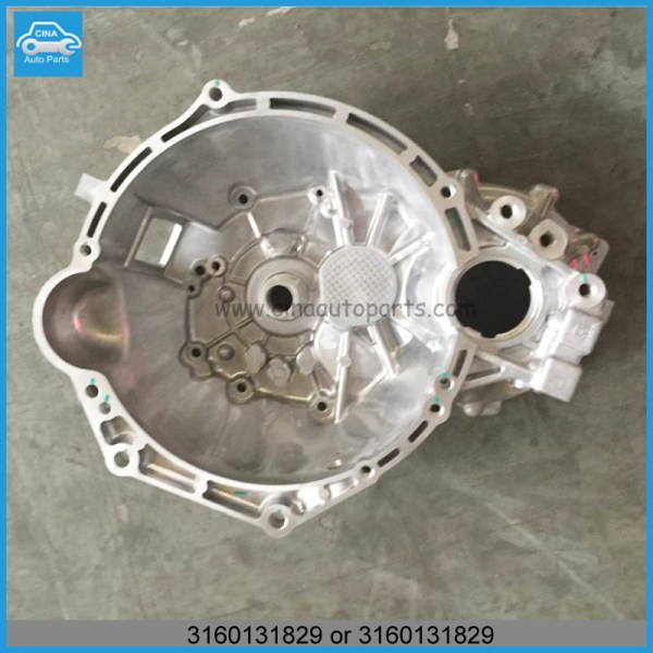 3160131829 和3160131830 - OEM 3160131829,3160131830 Geely gc5 CLUTCH housing