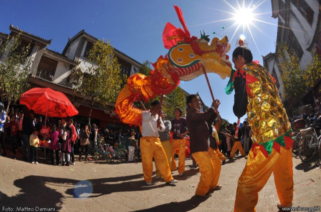 Heqing-dali-dragon-dance-6