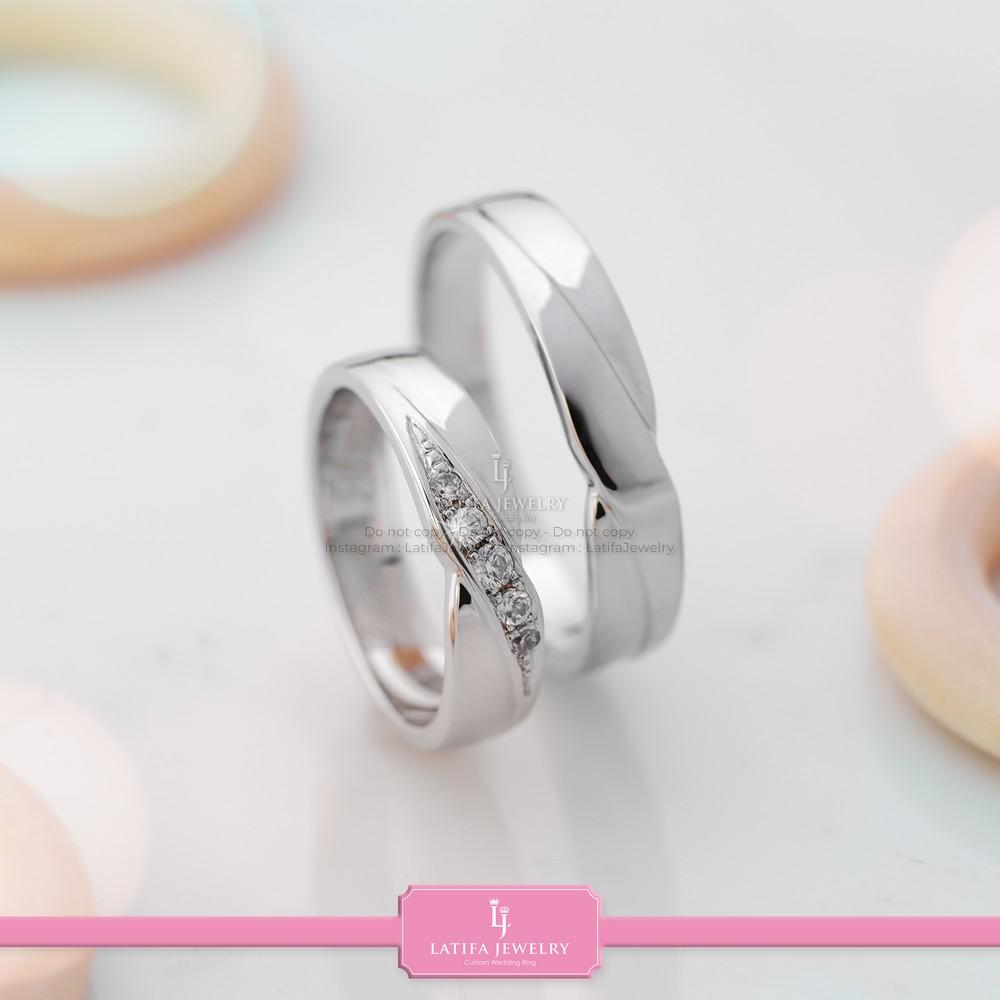 toko cincin nikah Solo Bontang Surabaya Cincin kawin Cincin tunangan Cincin couple custom Cincin emas perak palladium platinum Solo Bontang Surabaya murah (95)