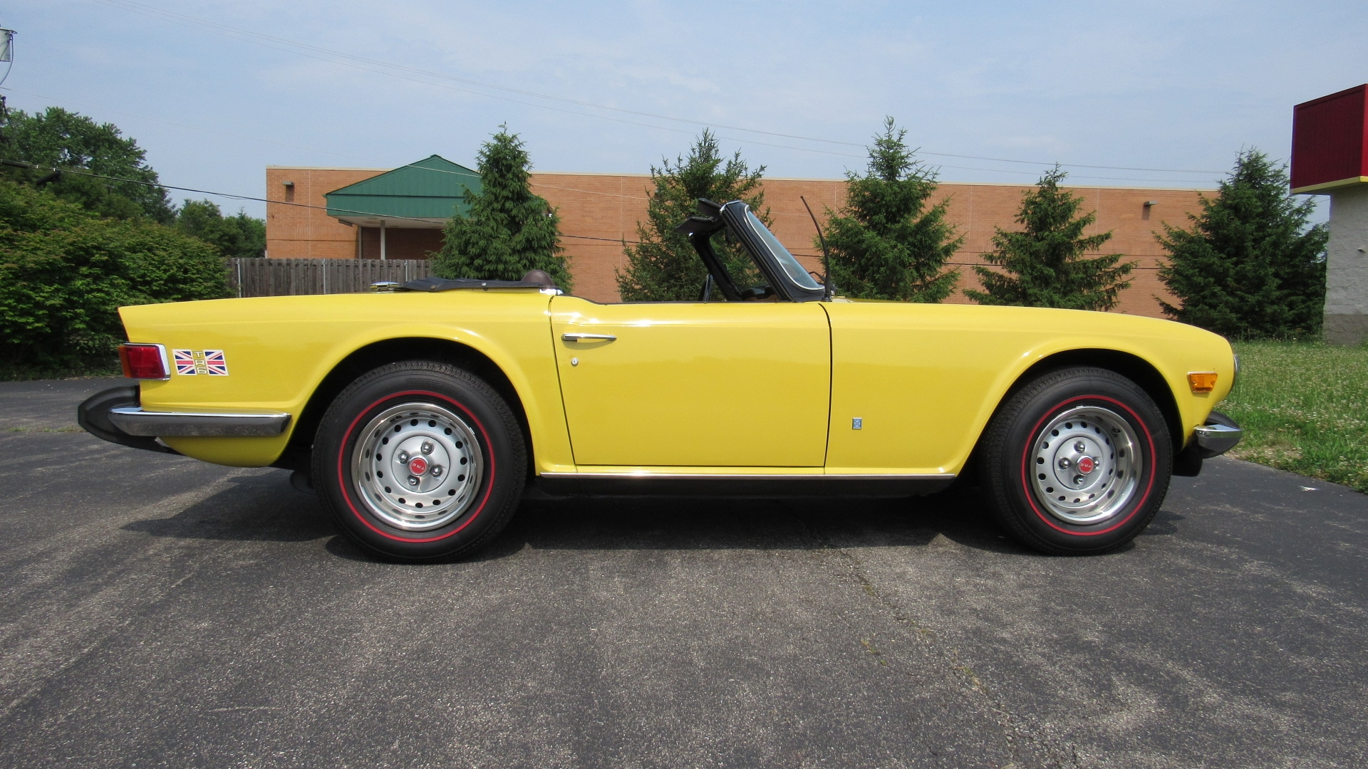 hight resolution of 1974 triumph tr6 4 speed sold