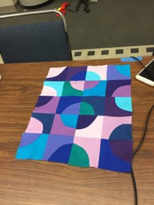 Student Curved Piecing Class at Houston - CIndy Grisdela