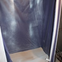 Wardrobe spray tent