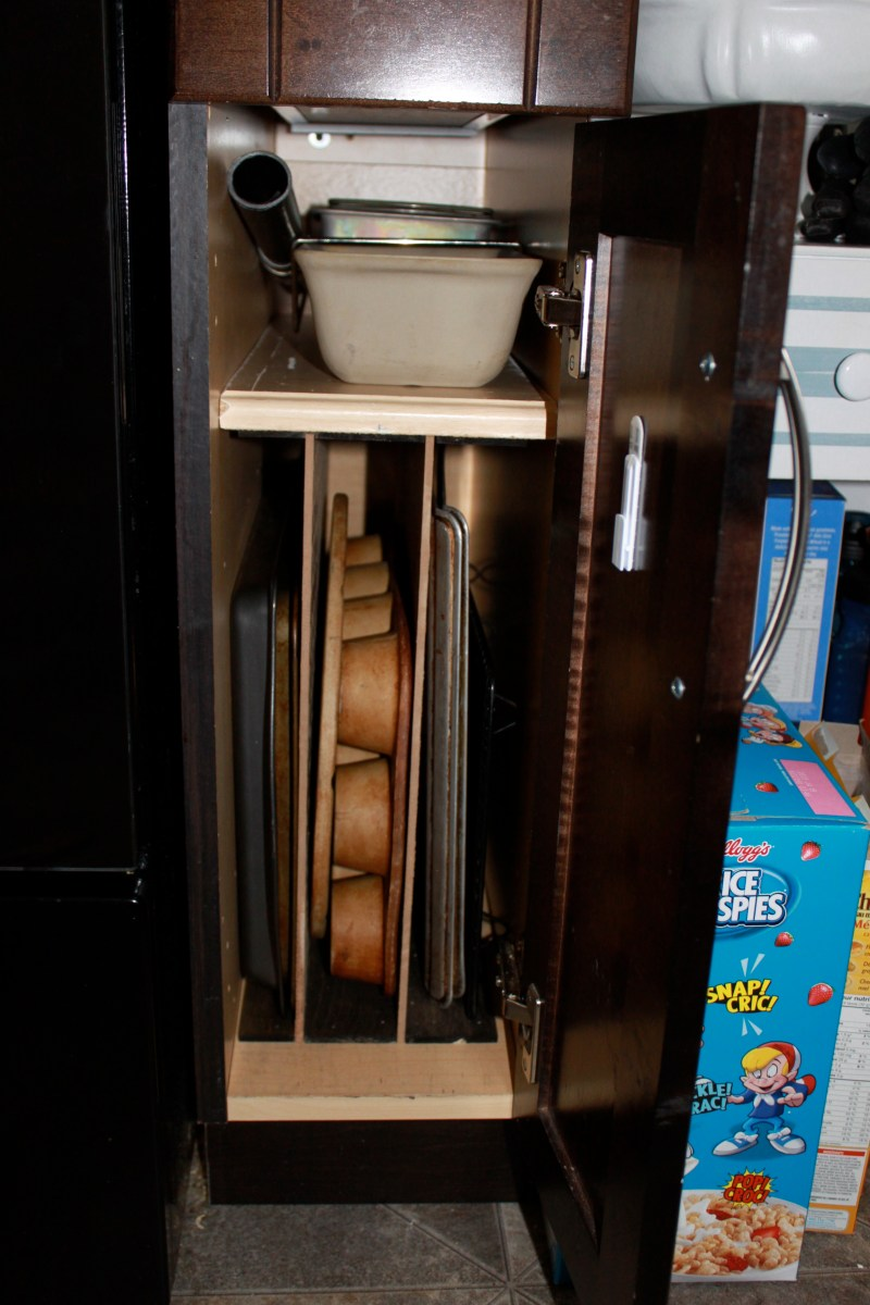 Cookie Sheet Storage