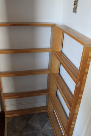 Upcycled book rack