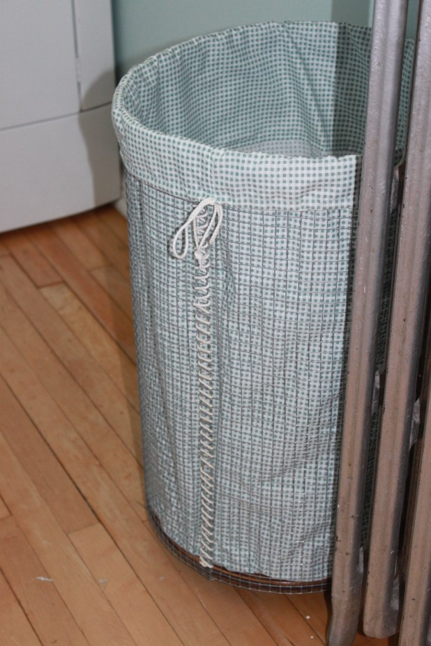 DIY Rolling Laundry Hamper