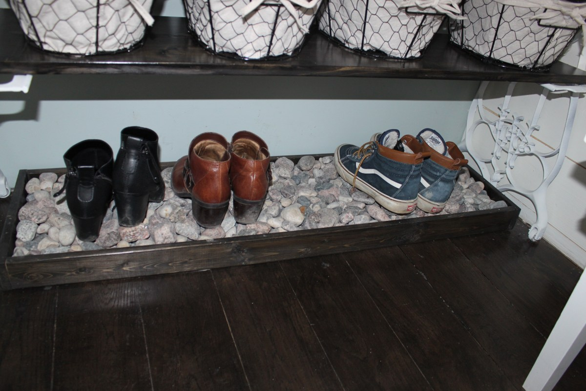 Wooden Boot Tray with River Rock